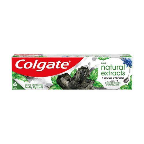 Creme Dental Colgate Natural Extracts Carvão Ativado e menta 90g
