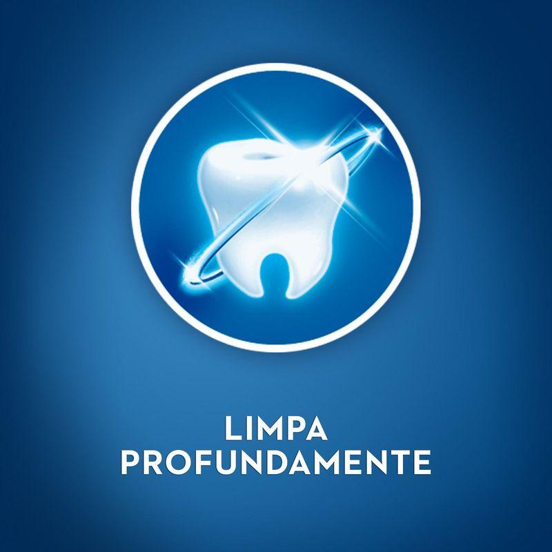 8ffeff0cd186549457531aadd42d2892_oral-b-escova-dental-oral-b-complete-limpeza-profunda-2-em-1_lett_3