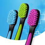 10e3f1a44ba116eb1f0da82e4f8b164c_colgate-escova-dental-colgate-be-soft-with-yourself-macia-com-3-unidades_lett_2
